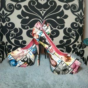 Magazine stilettos